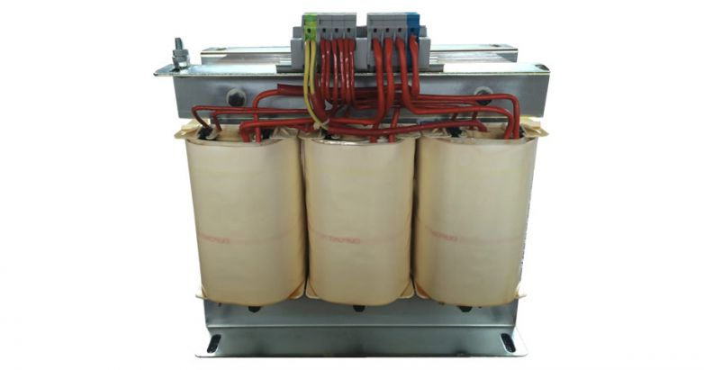 Triphase Transformer For Electromedical Use